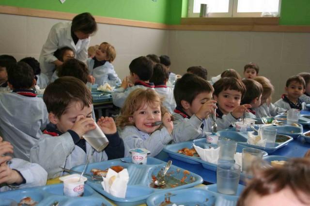 Dejar a nuestros hijos en el comedor del colegio ¿si o no? -
