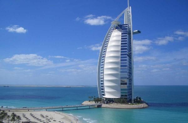 Turqu__a_y_Dubai_50916291755ac