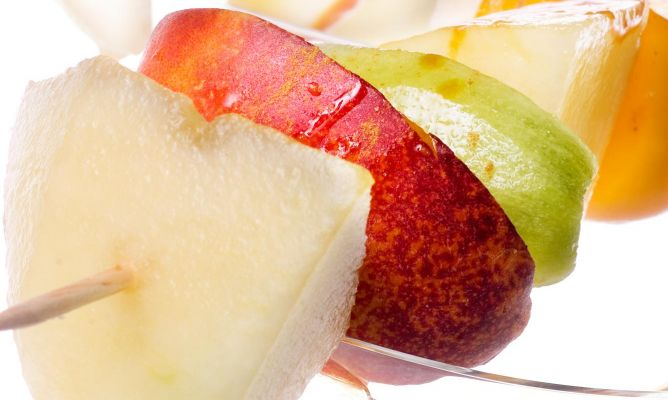 Receta de brocheta de frutas, ¡sana y facilísima!