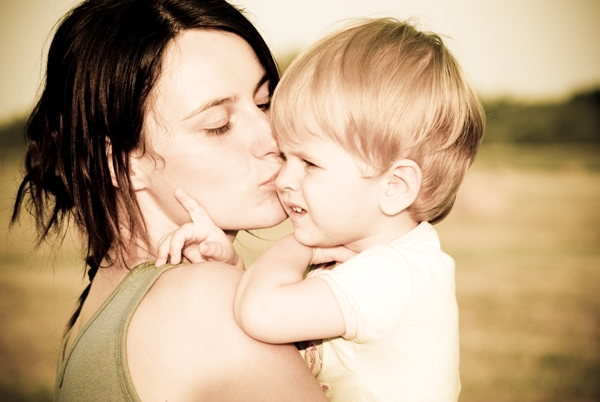 bebé en brazos