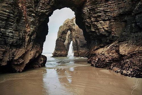 Foto de Turismo de Ribadeo. Playa de Las Catedrales