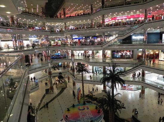 Centro Comercial y de Entretenimiento Istanbul Cevahir, Estambul, Turquía
