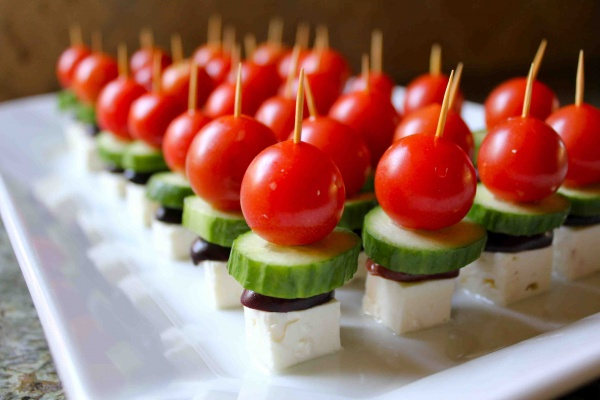 bocados-de-ensalada-griega