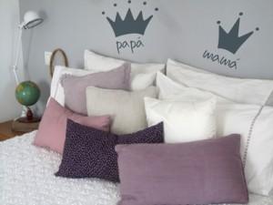 pared cabecero dormitorio con vinilos decorativos