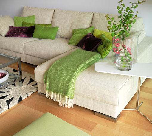 Sofa decoracion free sofassinfin decoracin sof con modelo for Decorar pared sofa