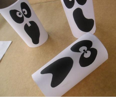 Manualidades de Halloween Fantasmas de rollo