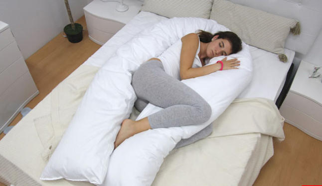 Abrazasue os la primera almohada que potencia la felicidad for La mejor almohada del mercado