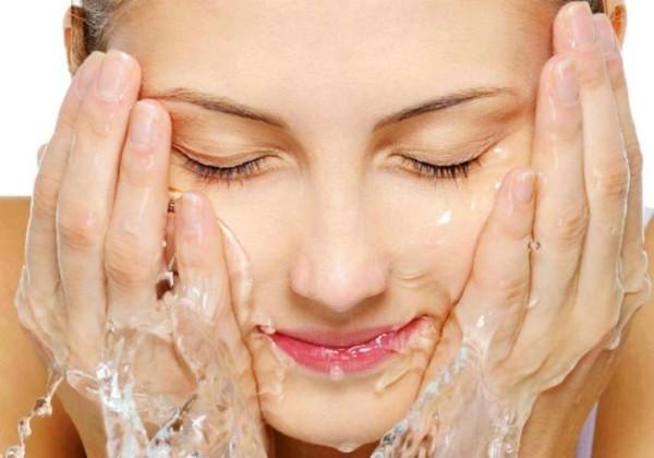 Los errores al lavarte la cara